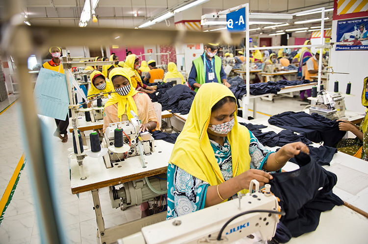 The Textile Labour Market in Bangladesh